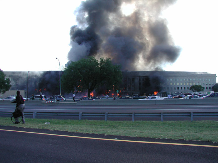 Pic taken moments after explosion at Pentagon by Steve Riskus